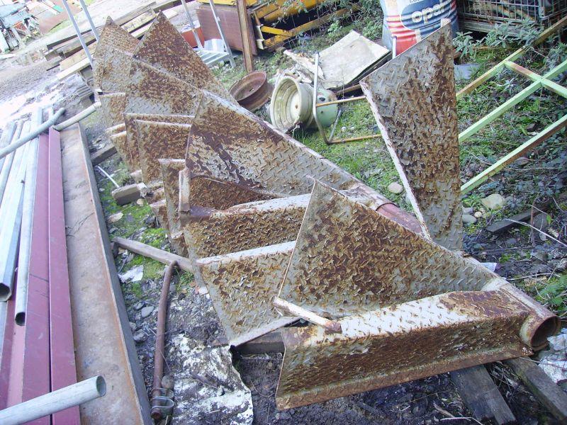 08 l escalier la petite histoire d une maison en bois - Escalier industriel occasion ...